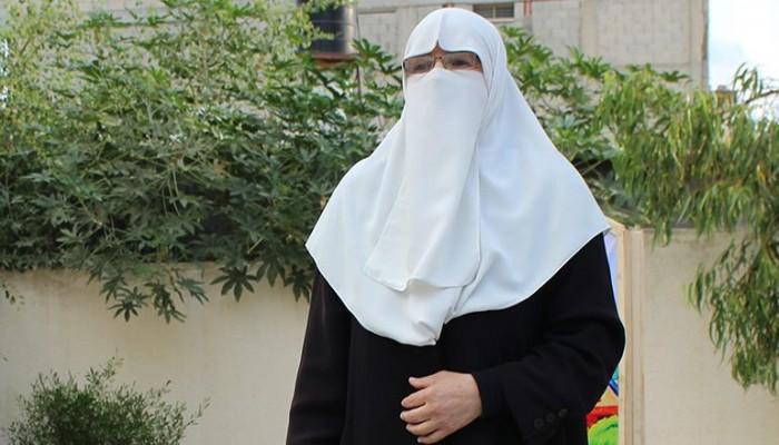 زوجة الشهيد الرنتيسي: الصهيونية تسعى لعرقلة المشروع الإسلامي