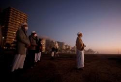 """عيد الفطر.. صلوات ودعوات بكل دول العالم بانتهاء الجائحة """"صور"""""""