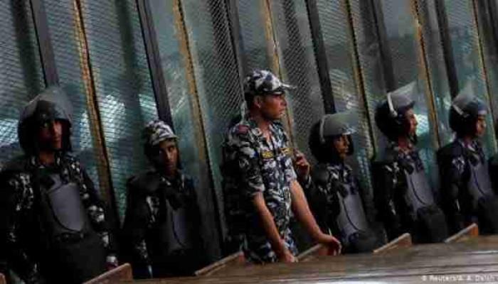 """أحكام جائرة بحق 5 معتقلين وتأجيل محاكمة المرشد بهزلية """"قسم شرطة العرب"""""""