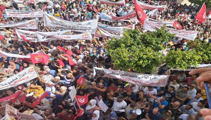الربيع العربي.. احتجاجات بالعراق وأزمة خبز بلبنان وتهديد بالتظاهر في تونس والسودان تستعد لمليونية
