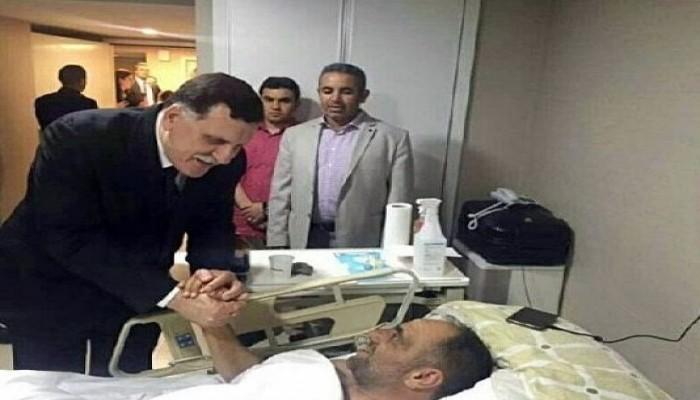 """""""ساويرس"""" يواصل هجومه على رئيس الحكومة الشرعية """"السراج"""" بصورة """"فوتوشوب"""""""