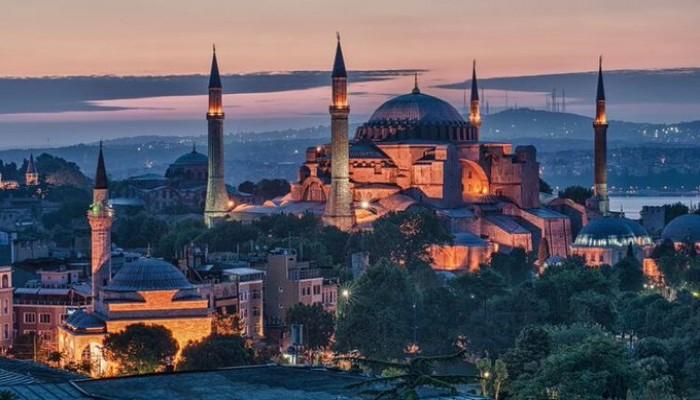 """مسجد أيا صوفيا.. """"واشنطن"""" تطالب به متحفا و""""تركيا"""": قرار سيادي"""