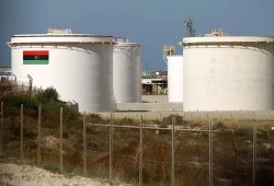 الربيع العربي.. ليبيا تتهم دولا بغلق موانئ النفط وتحذير من تفجر الغضب بلبنان