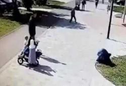 اعتداء همجي على مسلمة محجبة في تترستان الروسية أمام أطفالها