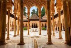 رسالة إلى فرنسا.. أجمل 4 مساجد كبيرة بإسبانيا تحولت إلى كنائس ولا تزال