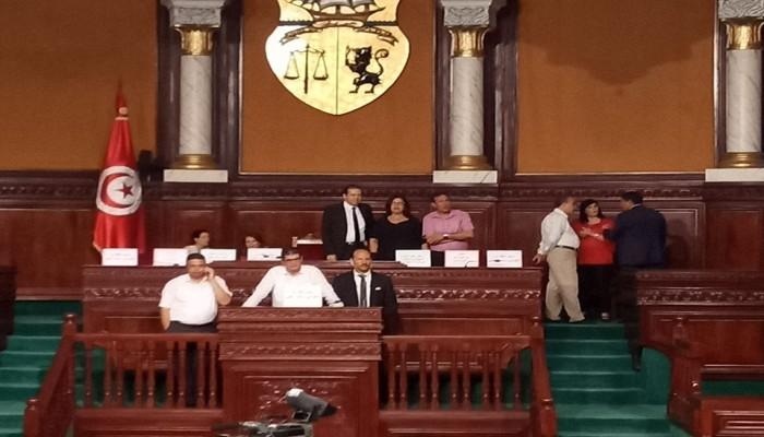 """بعد محاولة الانقلاب عليها.. """"النهضة"""" التونسي يقرر سحب الثقة من حكومة الفخفاخ"""