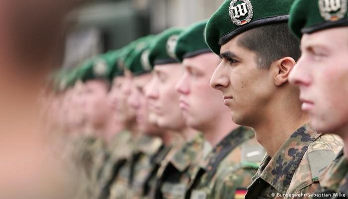 دويتشه فيله: حقوق دينية في الجيش الألماني تستثني آلاف المسلمين