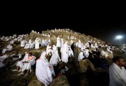 الحجاج على صعيد عرفات