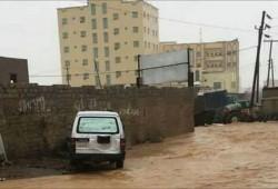 السيول تقتل 17 شخصا باليمن ووفيات كورونا بلغت 500
