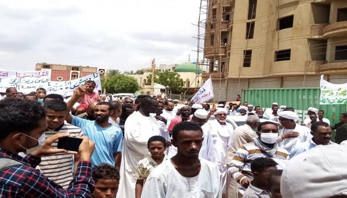 اعتقالات وقنابل مسيلة بوجه متظاهري جمعة نصرة الشريعة بالخرطوم