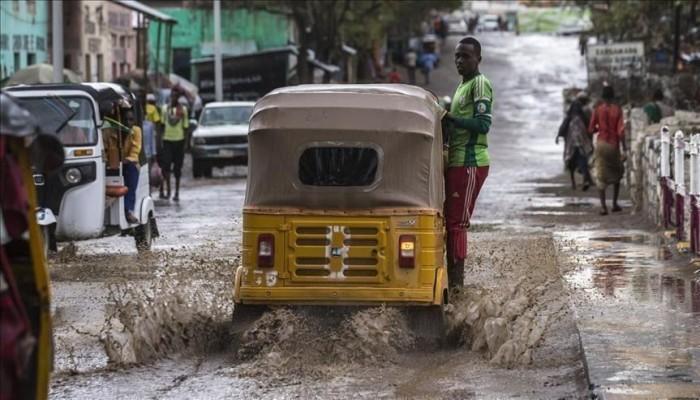 الصومال..الفيضانات تجبر 650 ألف شخص على النزوح من ديارهم