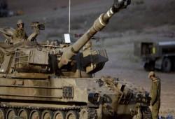 """الاحتلال الصهيوني يستهدف نقاط المقاومة بـ""""غزة"""" بالرصاص والقذائف الدخانية"""