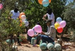 """البالونات الحارقة.. رسائل """"خشنة"""" تسعى لتخفيف حصار غزة"""