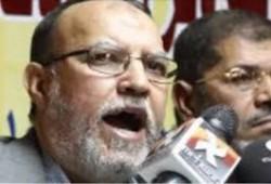 أسرة الرئيس مرسي تنعى العريان: كان من أقرب الرجال لقلب الرئيس