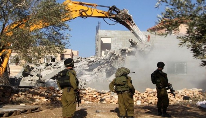 الاحتلال يحتجز جثامين 253 فلسطينيا وهدم 89 بيتا ومنشأة بالقدس في 2020