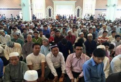 كمبوديا ترفع الحظر عن شعائر صلاة المسلمين