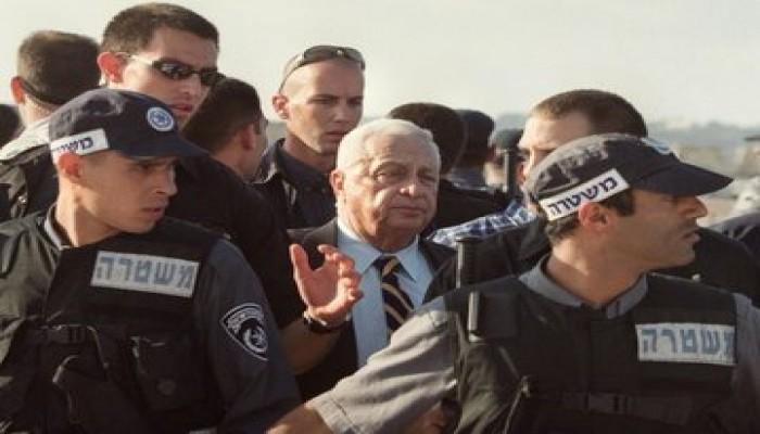 """فلسطينيون يحيون ذكرى الثورة على """"شارون"""" بعد اقتحامه الأقصى"""
