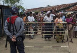 هيومن رايتس ووتش: مخيمات مسلمي الروهينجا قذرة ومعدة للاعتقال والاضطهاد