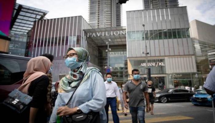 إغلاق المساجد بماليزيا بسبب انتشار كورونا وفتح أخرى بفلسطين