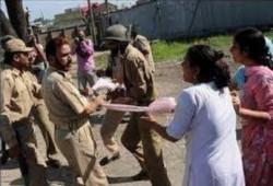 حملة هندوسية لمنع تحول نسائهم لمسلمات عن طريق الزواج