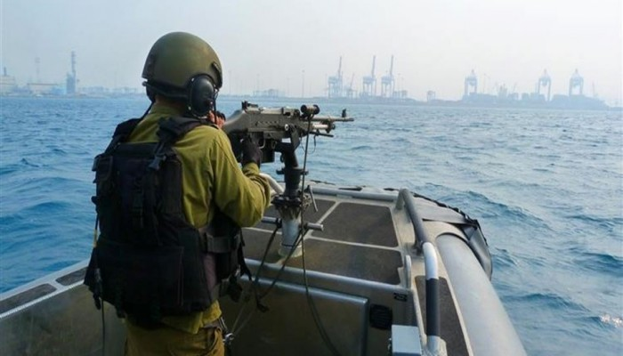 فلسطين المحتلة|  اعتقالات بالضفة والاعتداء على صيادين بغزة وقطع شجر الزيتون بنابلس