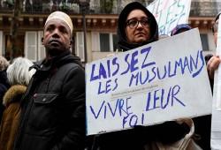"""""""ميديابارت"""": الحجاب يكشف التعامل الفرنسي الفاشل في معالجة الظواهر الإسلامية"""