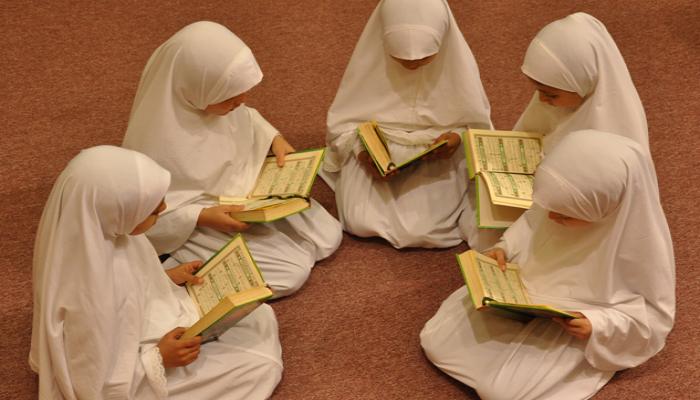 كيف نُعلم أطفالنا حب القرآن الكريم؟