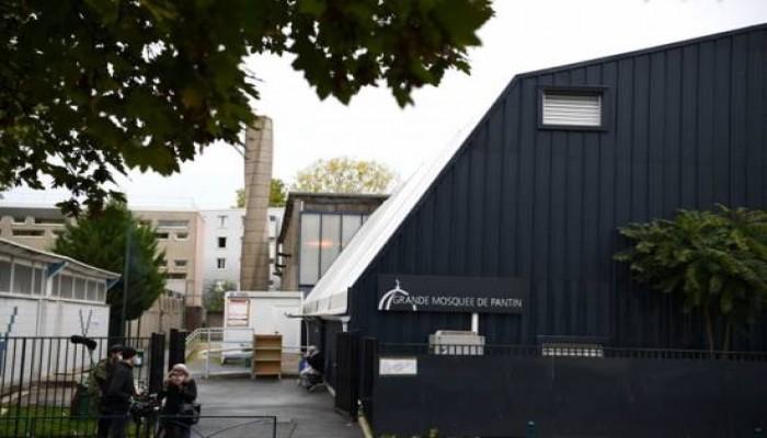 تداعيات الإسلاموفوبيا.. رسائل تهديد عنصرية لأحد المساجد بفرنسا