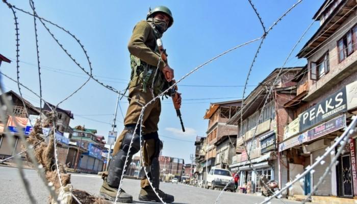 باكستان تدعو لإعطاء كشمير حق تقرير المصير.. والهند ترد ببيع أراضيها للهندوس
