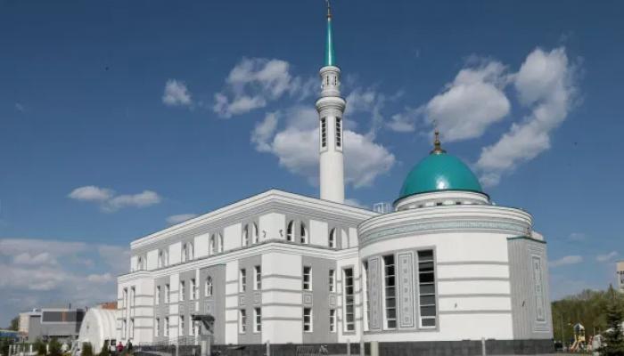 نشاط إسلامي متنوع في تتارستان.. رفض لإساءة فرنسا وحملة تعريف بالنبي محمد