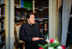 عمران خان: صمدنا أمام ضغوط دول صديقة للاعتراف بالكيان الصهيوني