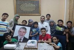 الدكتور طارق الغندور.. ست سنوات ودماء الشهيد (88) بسجون الانقلاب لم تجف