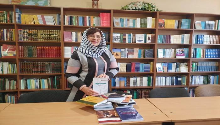 للتعريف بالإسلام والرسول.. مركز ثقافي إسلامي بأوكرانيا يهدي المكتبات العامة كتبا إسلامية