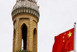 """رسالة جديدة تكشف عن فظائع بالمعتقلات الصينية و""""بومبيو"""" يدعو لوقف الانتهاكات"""