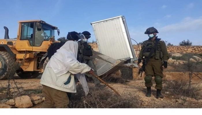 الاحتلال الصهيوني يهدم مسجدا بالضفة.. ومواجهات بالقدس