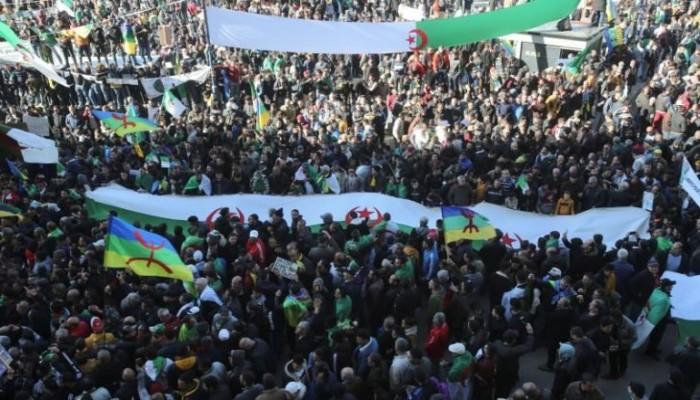 الجزائر.. مسيرة حاشدة لإحياء الذكرى الثانية لانتفاضة فبراير الشعبية