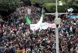 الجزائر.. مظاهرات حاشدة بالجمعة الأولى لذكرى الحراك