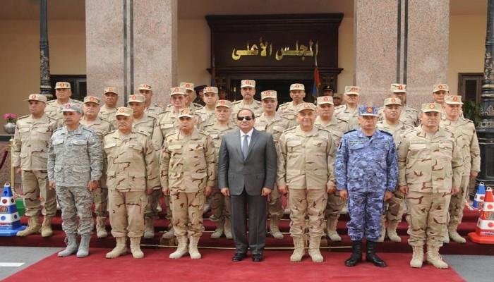 """#مصر_محتله_بالوكاله يتصدر """"تويتر"""" رفضا لاستيلاء العسكر على مقدرات البلاد"""