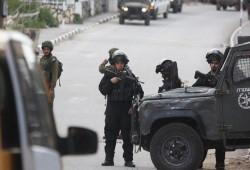 الاحتلال الصهيوني يشن حملة اعتقالات بالضفة طالت أسرى محررين وطلبة