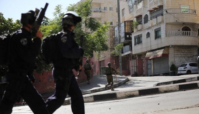 مستوطنون صهاينة يحاولون إحراق الكنيسة الرومانية في القدس المحتلة