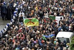 الجزائر.. مظاهرات حاشدة تطالب بالتغيير ومدنية الدولة