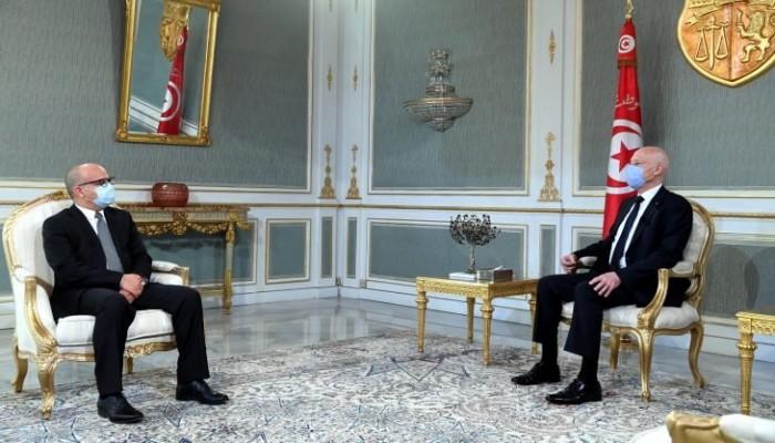 """""""هدايا الإمارات"""" تلوث الأجواء السياسية في تونس"""