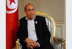 المرزوقي يطالب الرئاسة التونسية بإعادة لقاحات حكام الإمارات
