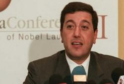 الأردن ينفي الإفراج عن باسم عوض الله رئيس الديوان الملكي الأسبق