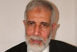 قضاء الانقلاب يحكم بالمؤبد على د. محمود عزت القائم بأعمال المرشد العام