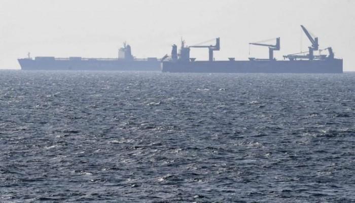 سفينة للكيان الصهيوني تتعرض لهجوم بصاروخ قبالة سواحل الإمارات