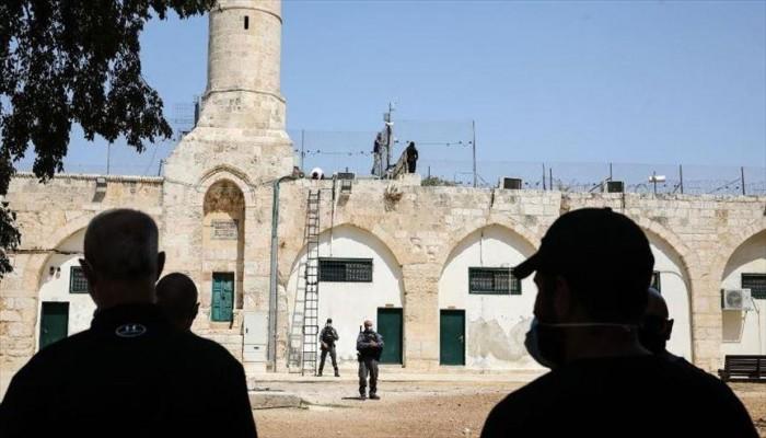 شرطة الاحتلال الصهيوني تقتحم مئذنة بالمسجد الأقصى