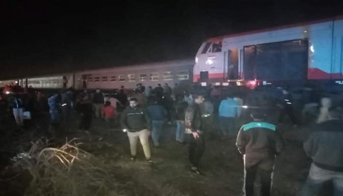 حوادث السكة الحديدية مستمرة.. خروج قطار عن القضبان بالشرقية