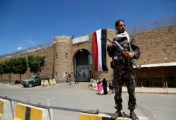 """اليمن.. انتهاكات """"الحوثي"""" تتصاعد بحق المعتقلين"""