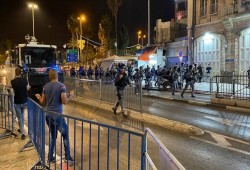 إصابة 4 فلسطينيين خلال مواجهات مع قوات الاحتلال الصهيوني بالقدس